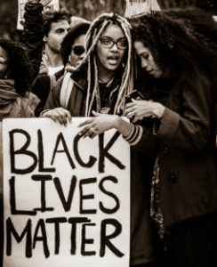 Black Lives Matter, Johnny Silvercloud, https://www.flickr.com/photos/johnnysilvercloud/31136492043/in/photostream/
